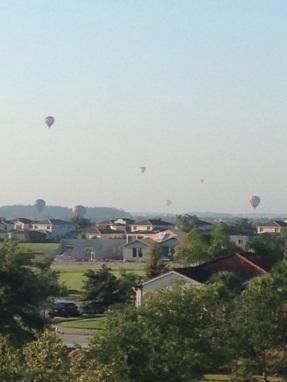 ave maria balloons 3